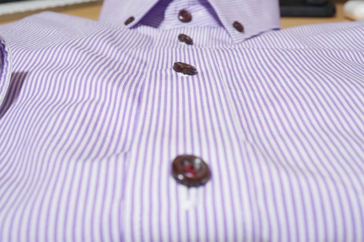 紫ストライプのワイシャツ