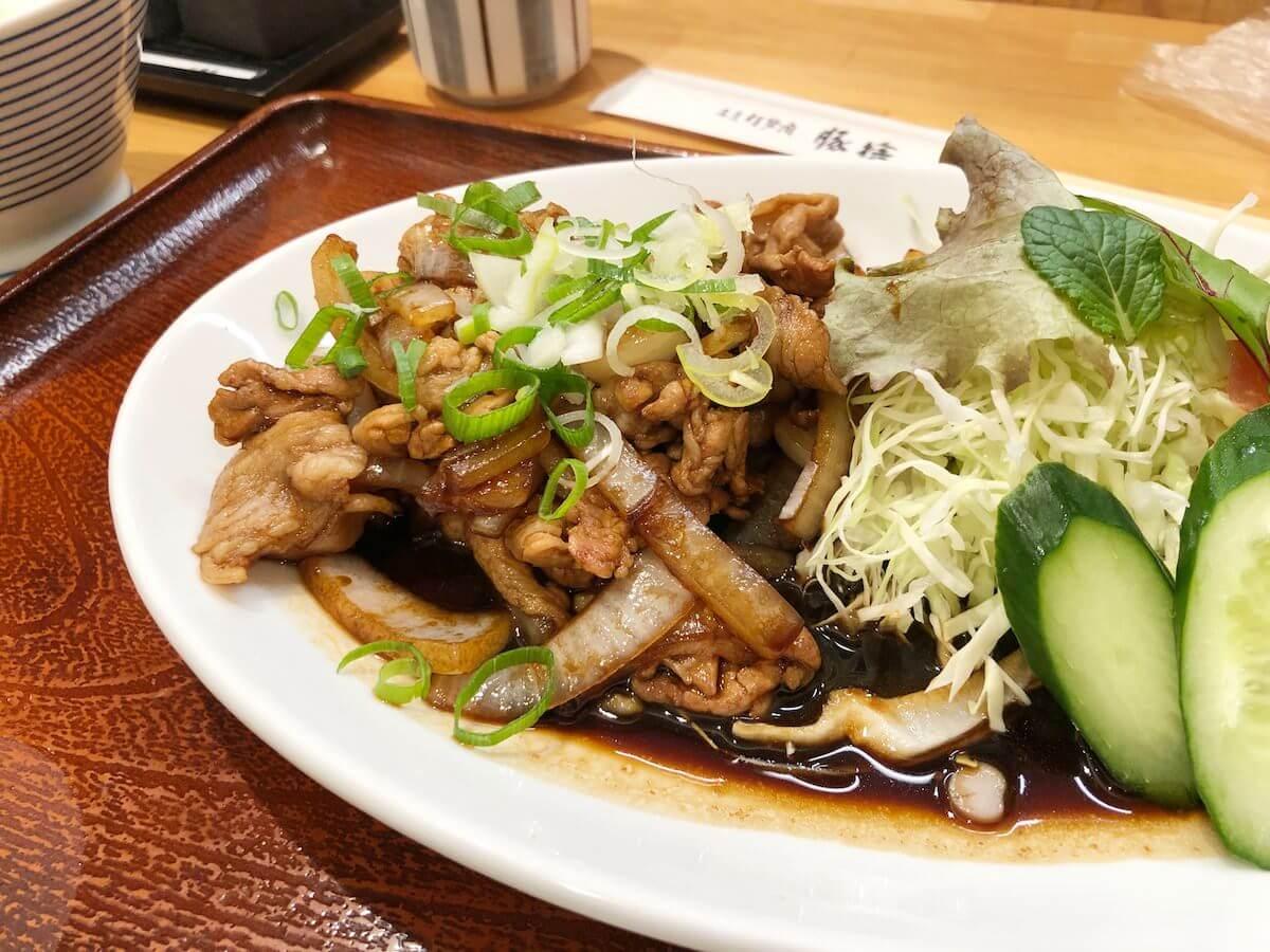 豚捨の豚の生姜焼き定食