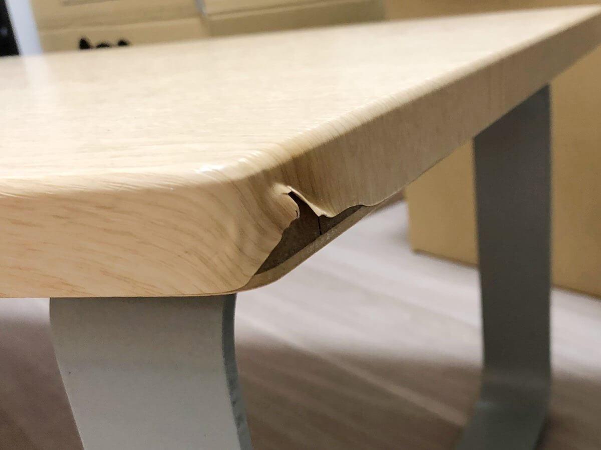 ローテーブルの剥げ