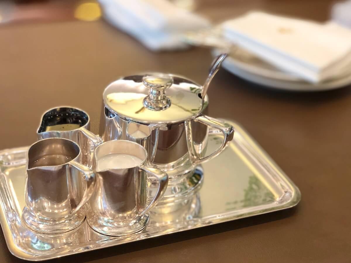 銀座ウェスト青山ガーデンの銀食器